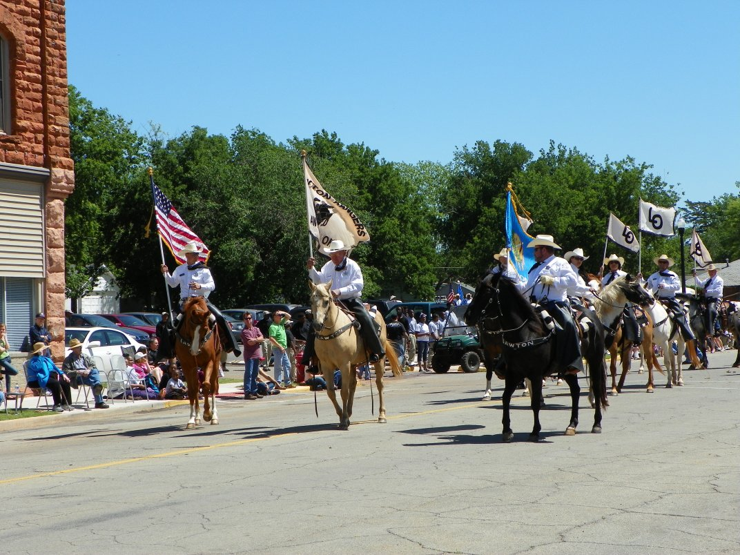The Guthrie 89er's Parade 2012